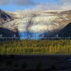 Alaska, particolare e giochi di luce sull'exit glacier, Seward