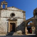 img_8933-la-piazza-del-borgo-marino-di-marzamemi