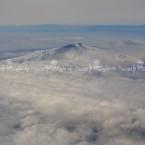 img_8934-letna-vestita-dinverno-si-affaccia-al-cielo-oltre-le-nuvole
